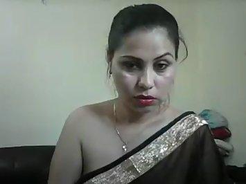 Jhanvi Bhabhi In Black Sari Sex Show