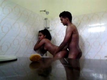 Srilankan Couple Sex In Shower