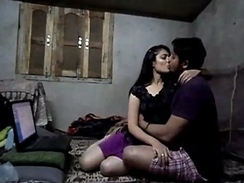 Indian Girl Sarika Sex Scandal